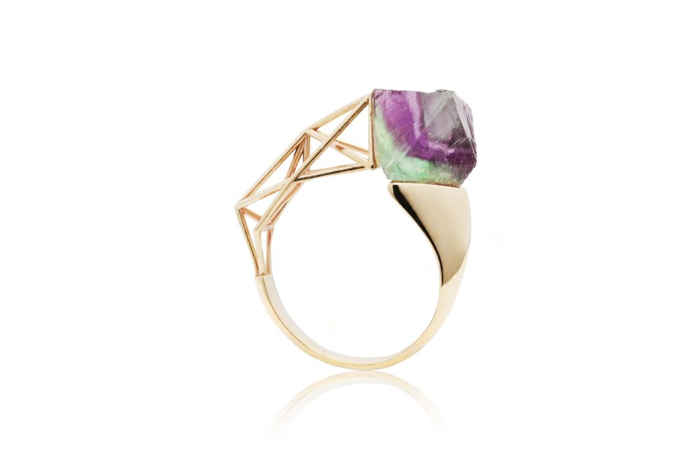 GEOMETRIC FLUORITE RING | 10 karat yellow gold and natural octahedral fluorite