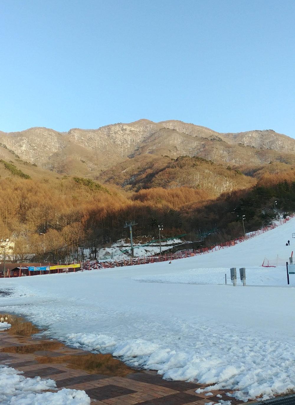 Snowboarding at     Muju     .