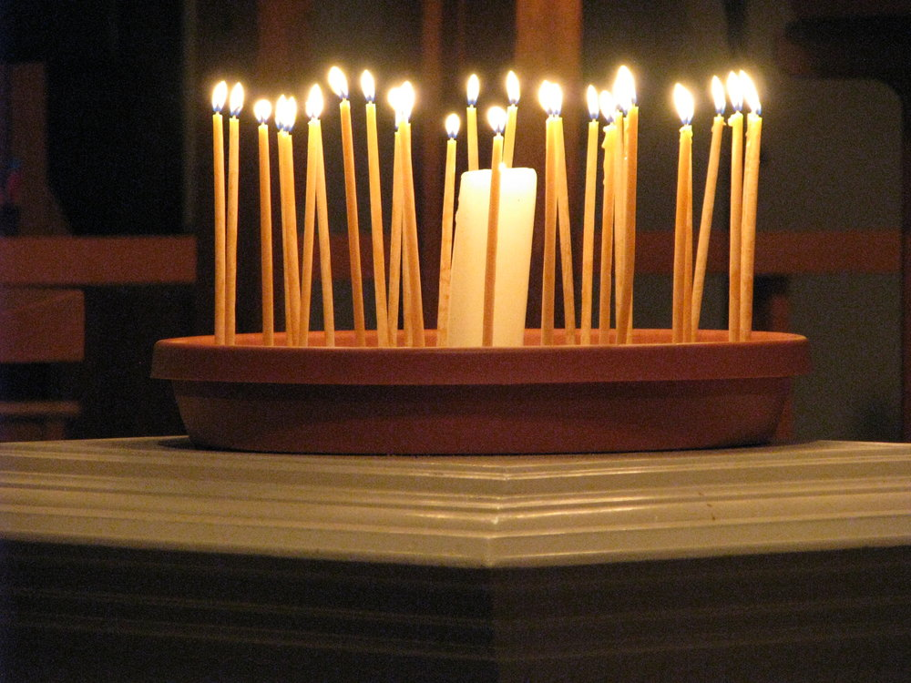 Holden Evening Prayer is offered in Advent and Lent