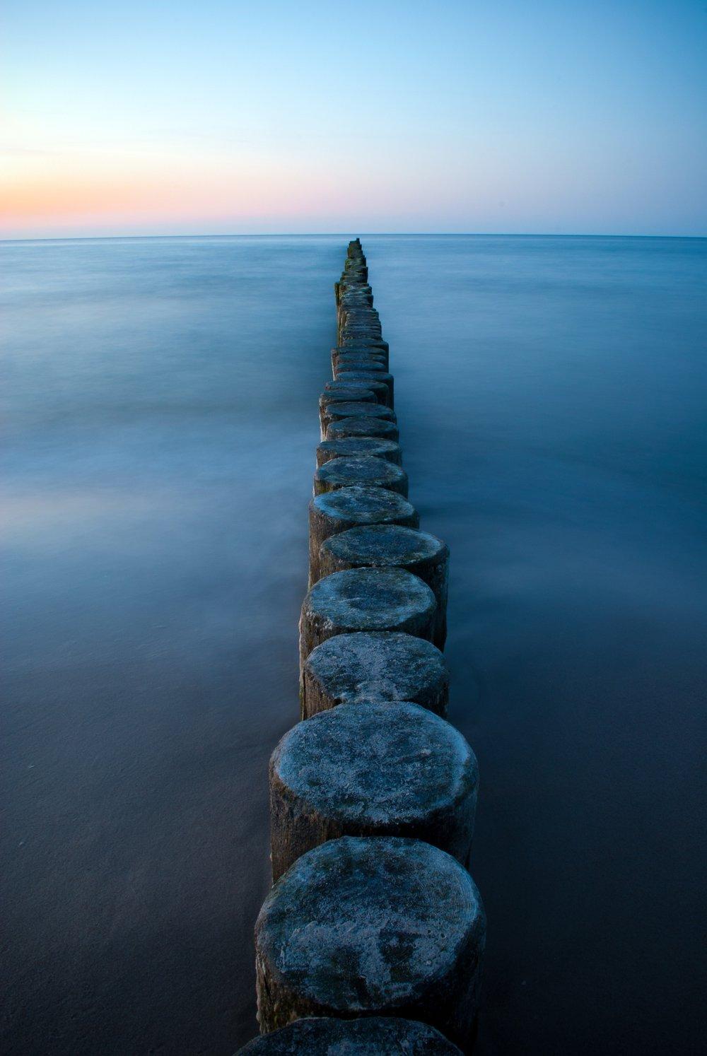 abstract-coast-groynes-54582.jpg