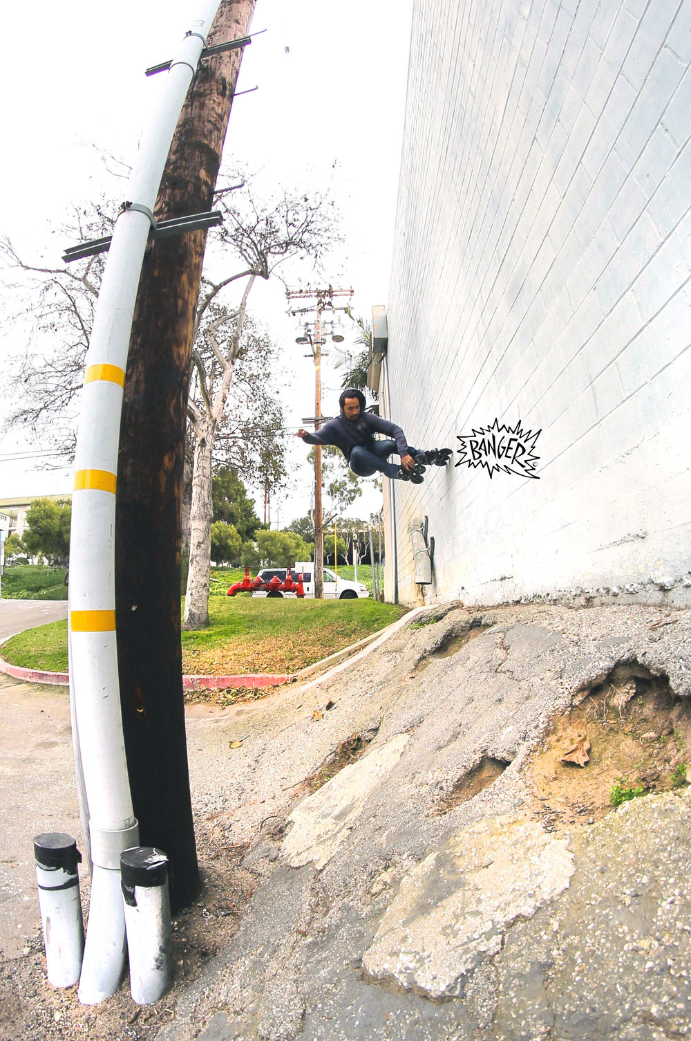 rollerBANGER-mike-obedoza-wall-ride-tri-skating-powerslide-brand.jpg