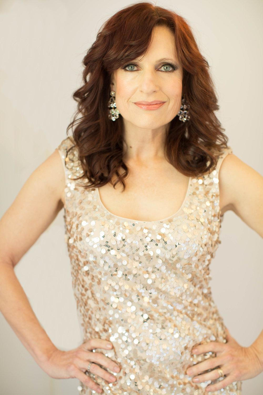 Janet vertical gold dress (1 of 1).jpg