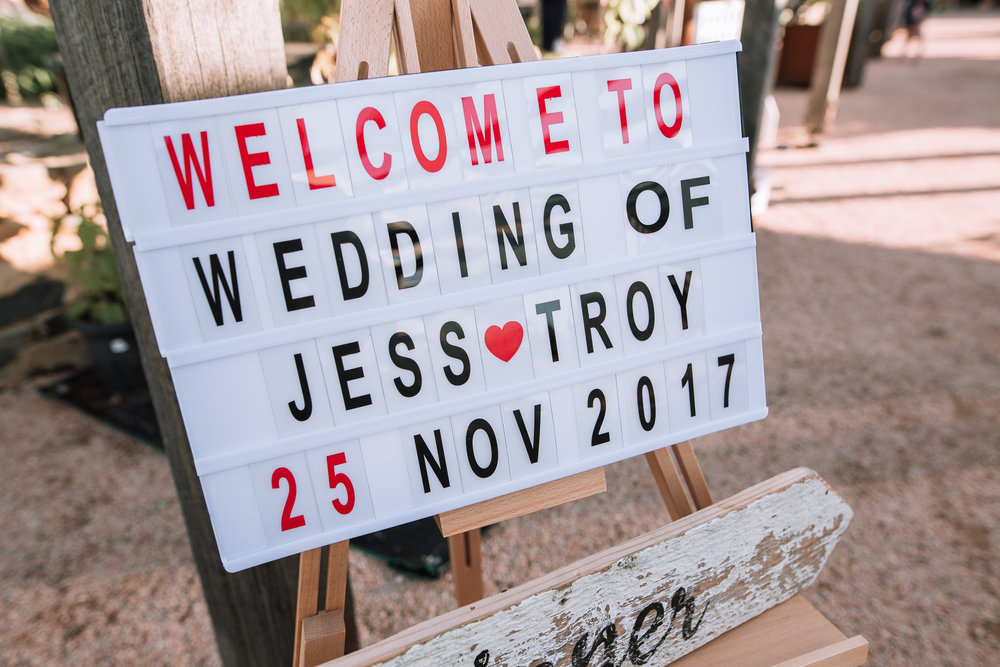 Jess&Troy_ShareMe-580.jpg