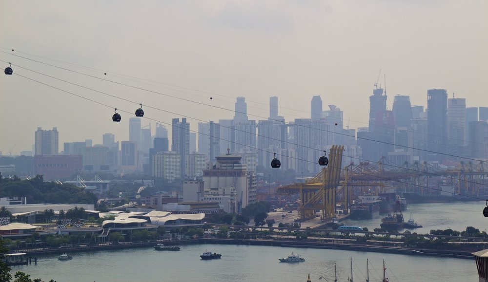 singapore sentosa cable cars 2.jpg