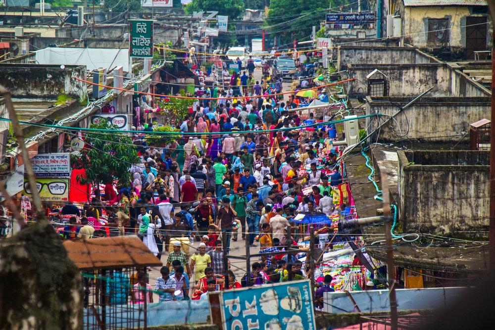 dhaka bangladesh new market 10-2.jpg