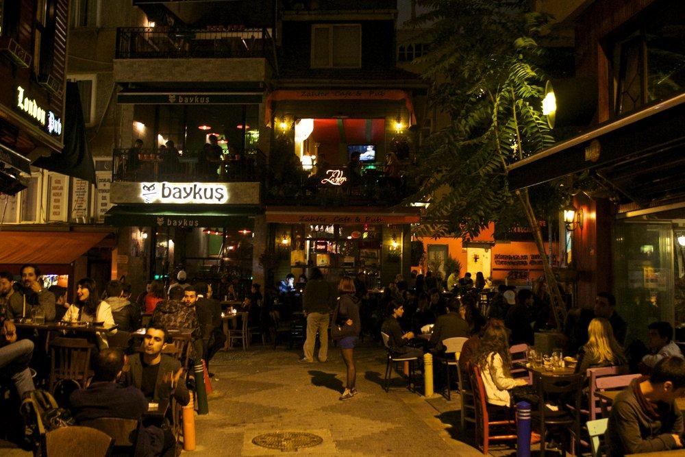 istanbul nightlife turkey 1.jpg