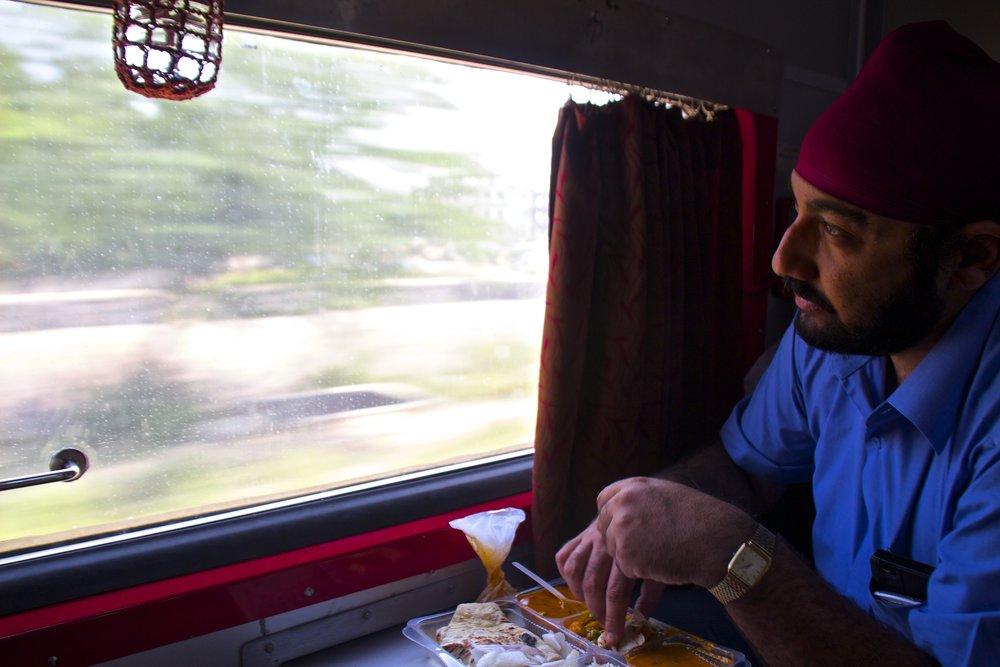 india trains 1.jpg