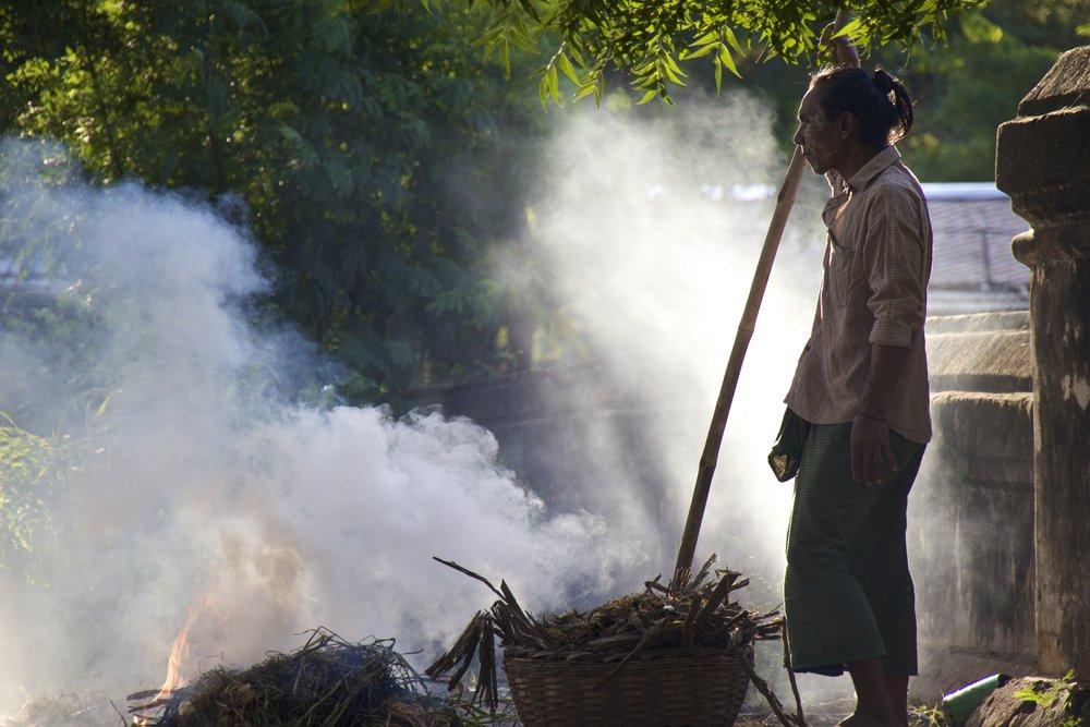 bagan burma myanmar burmese people 4.jpg