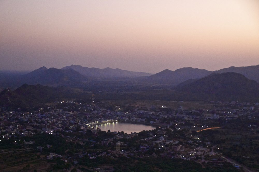 pushkar rajasthan mountain top sunrise 3.jpg