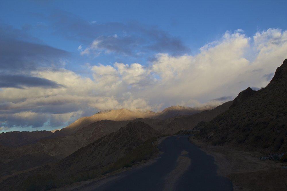 khardungla pass ladakh kashmir india himalayas photography 1.jpg