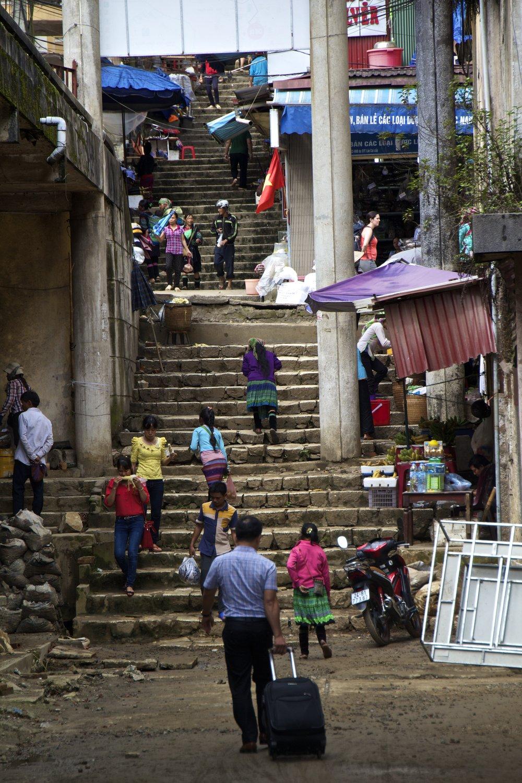 sa pa lao cai vietnam town 5.jpg