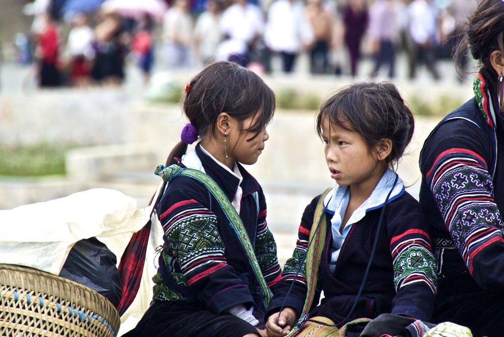 sa pa hmong girls vietnam 1.jpg