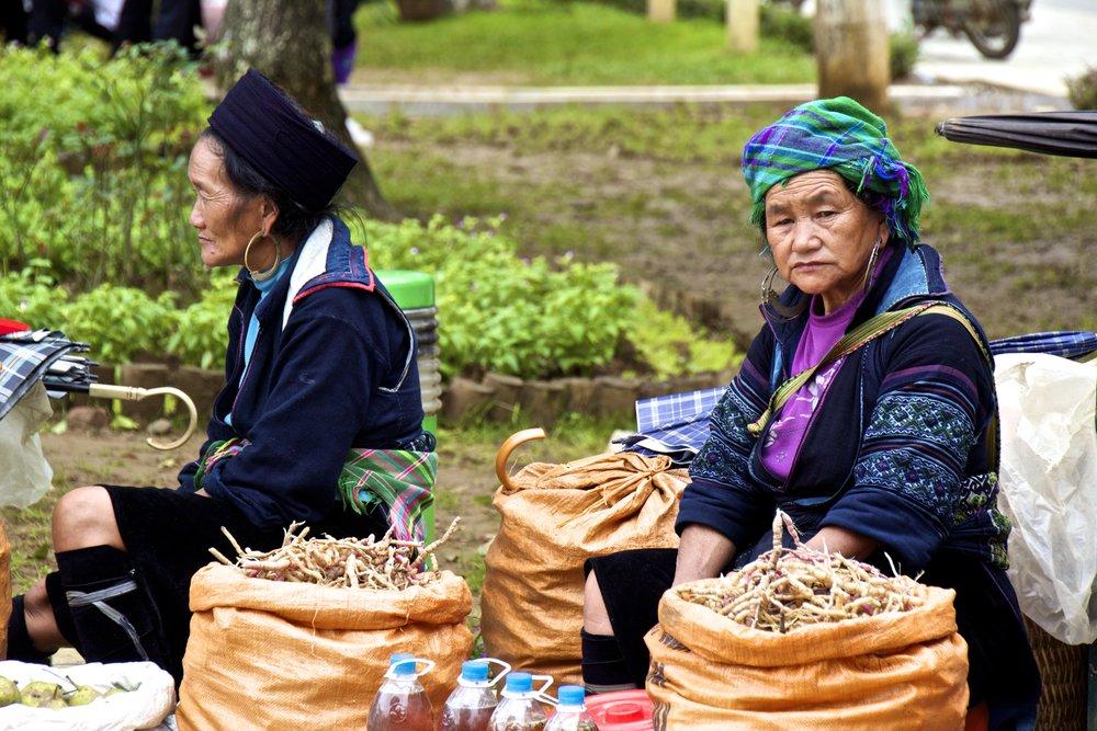sa pa hmong girls vietnam 9.jpg