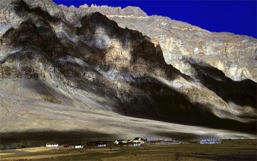 Credit:http://www.indiashots.com/2009/06/14/shadows-spiti-valley-himachal-pradesh/