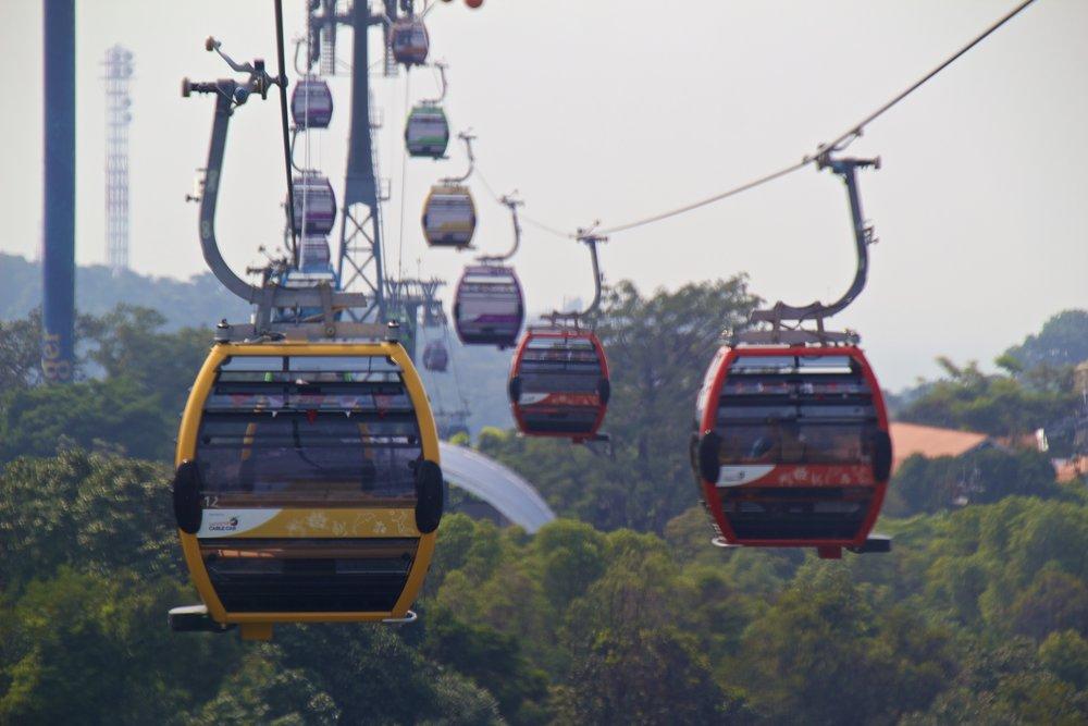 singapore sentosa cables cars 1.jpg