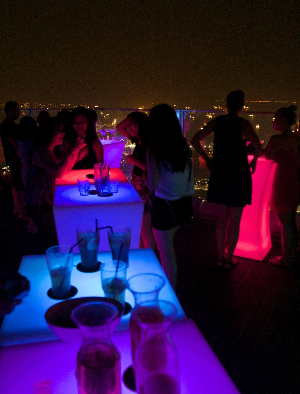1 Altitude Rooftop Open Air Bar Singapore Nightlife 4.jpg