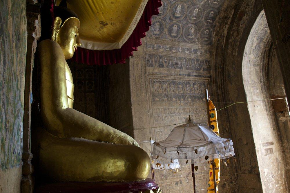 bagan burma myanmar buddhist temples 18.jpg