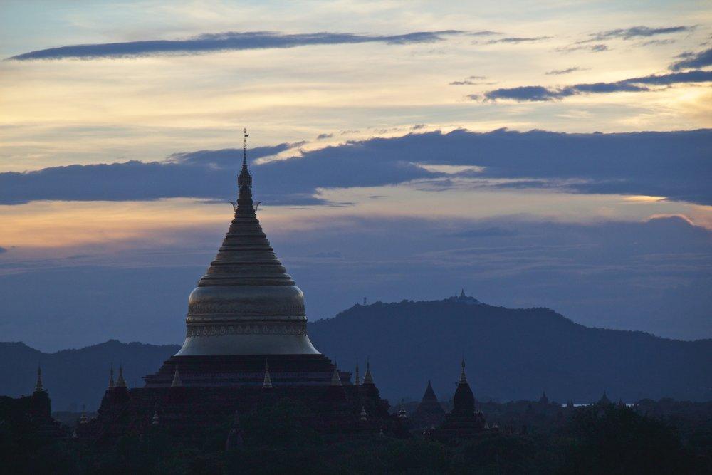 bagan burma myanmar temples sunset 8.jpg