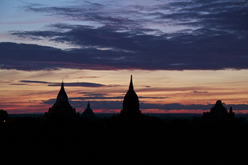 bagan burma myanmar temples sunrise 4.jpg