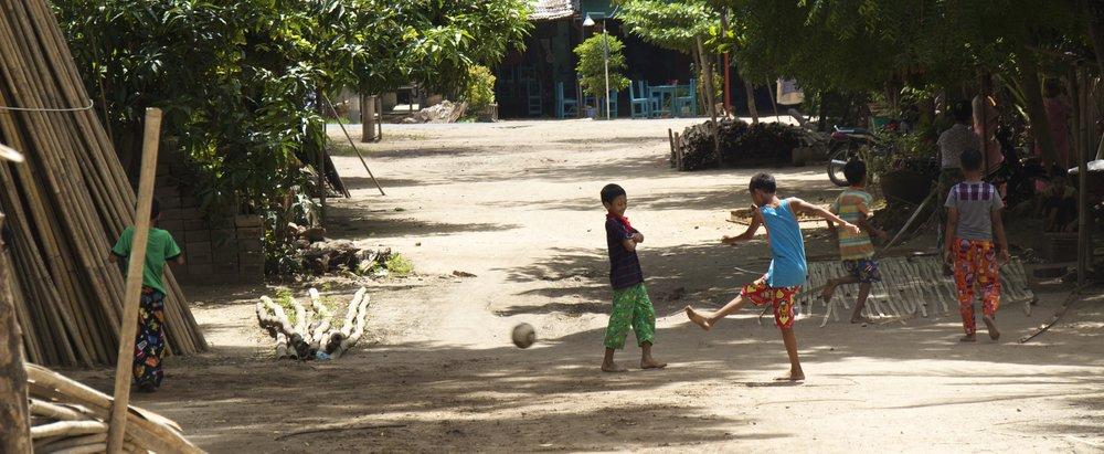 bagan burma myanmar village 3.jpg