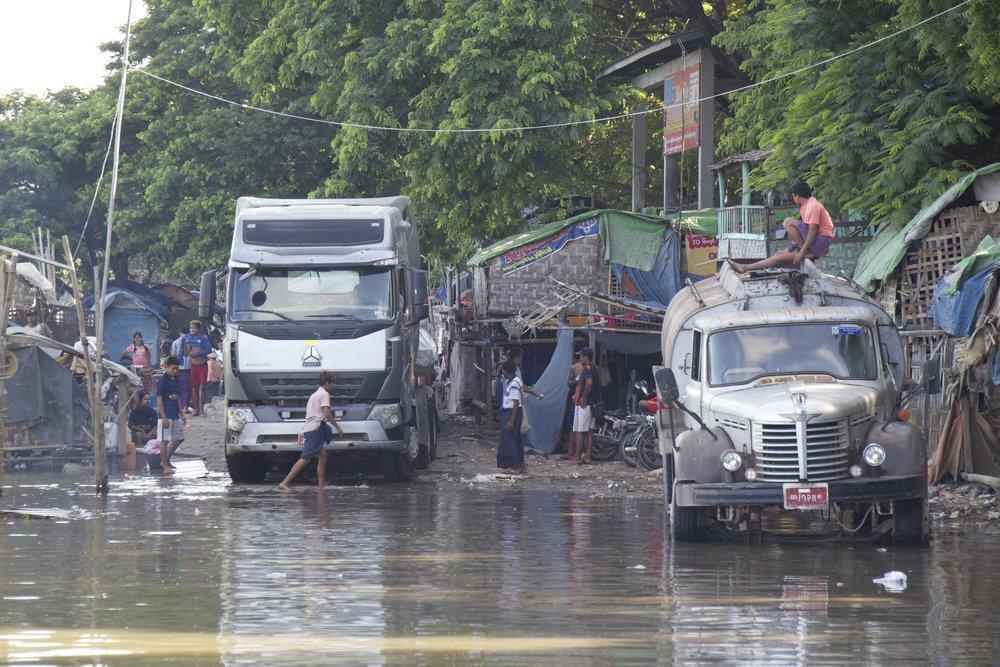 mandalay docks burma myanmar 2.jpg