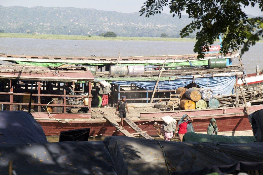mandalay docks burma myanmar 5.jpg