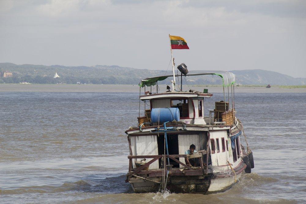 Irrawaddy River Mandalay Mingun Burma Myanmar 2.jpg