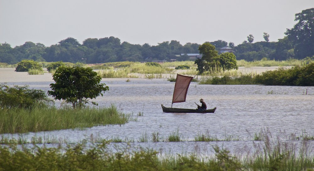 Irrawaddy River Mandalay Mingun Burma Myanmar 5.jpg