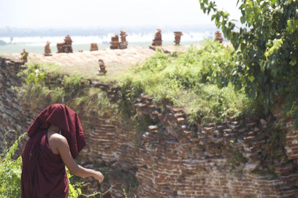 Mingun Pagoda Burma Myanmar 9.jpg