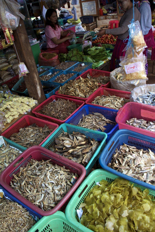 pa'o people market shan state burma myanmar 11.jpg
