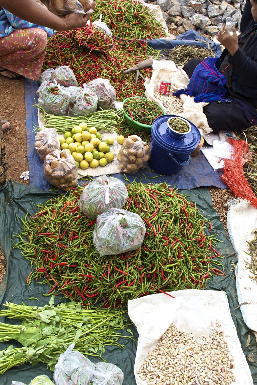 pa'o people market shan state burma myanmar 13.jpg