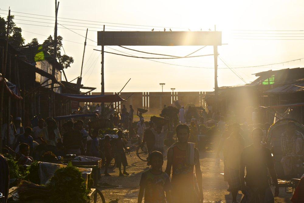 dhaka slums market 1.jpg