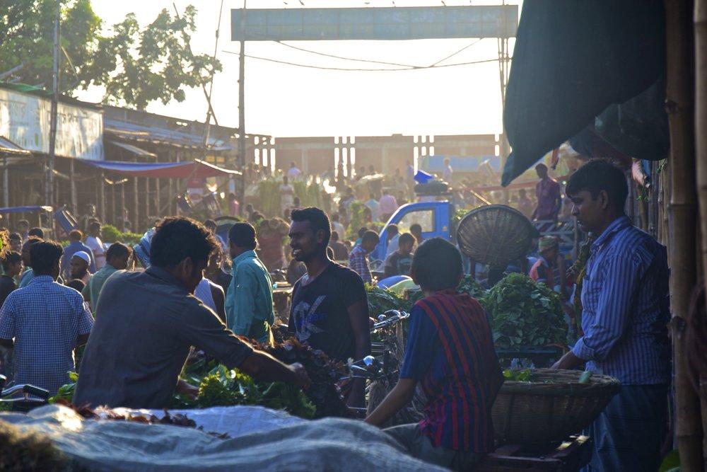 dhaka slums market 2.jpg