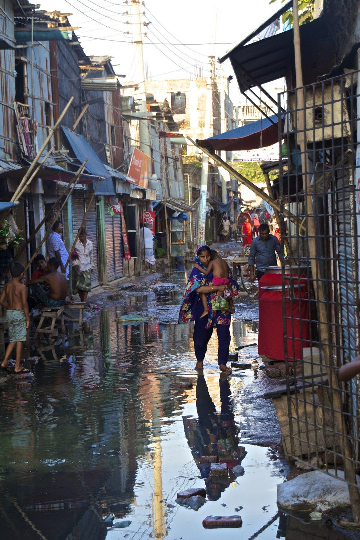 dhaka bangladesh slums photography 8.jpg