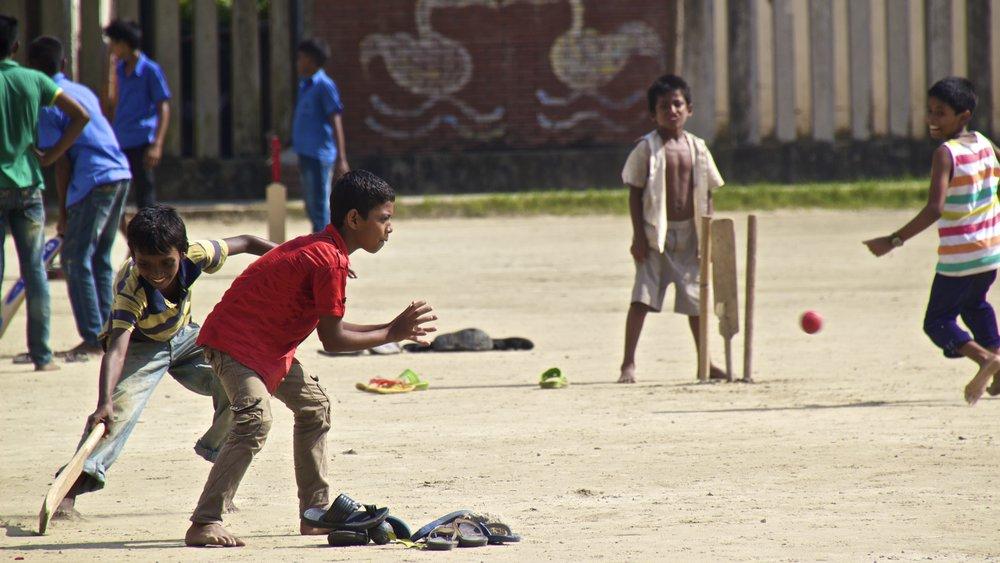 rayer bazar dhaka children playing 7.jpg