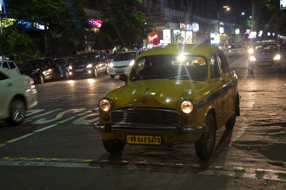 streets photography kolkata calcutta india taxi 4.jpg