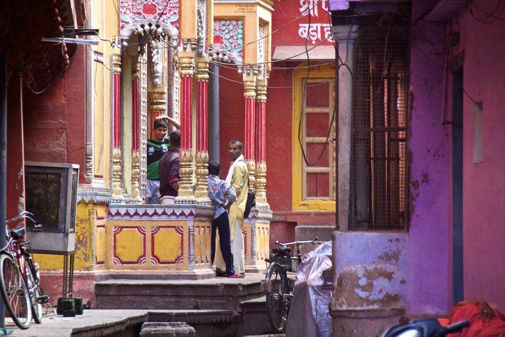 varanasi india street photography 17.jpg