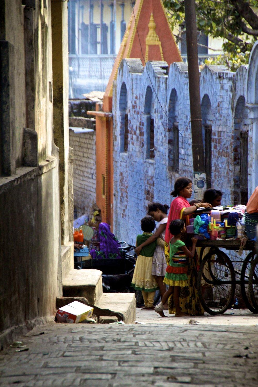 varanasi india street photography 21.jpg