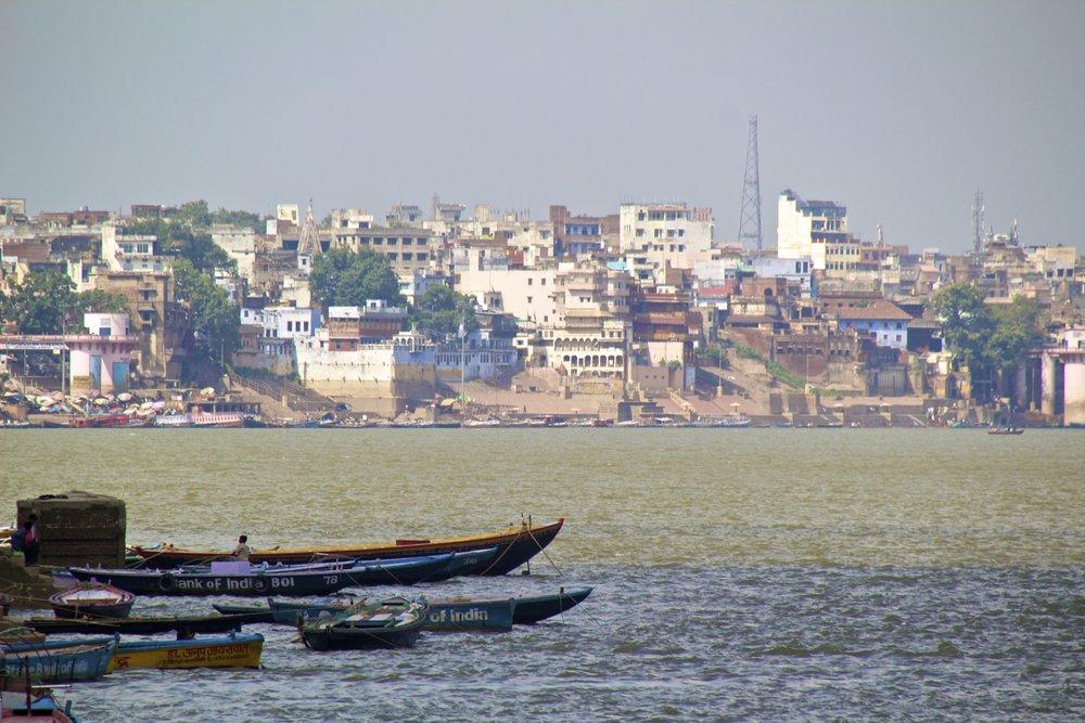 varanasi ghats 5.jpg