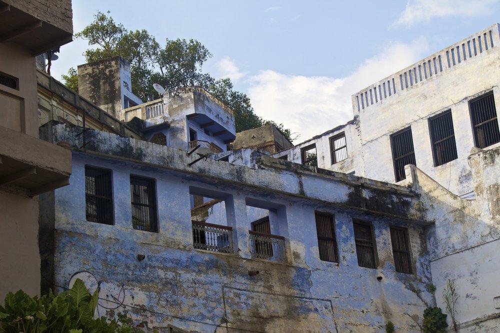 varanasi ghats 21.jpg