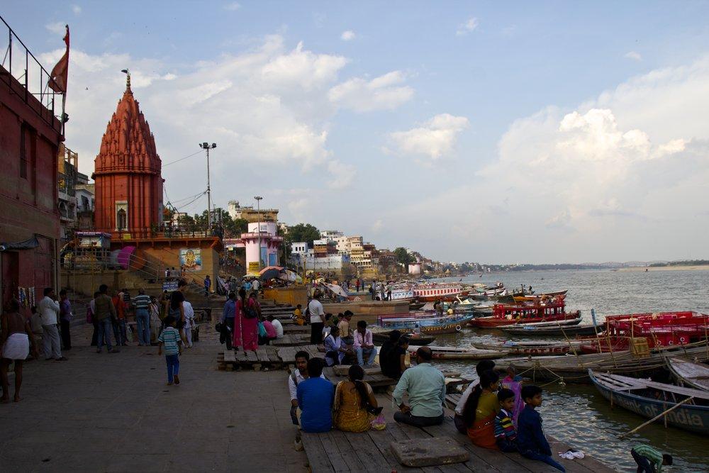 varanasi ghats 22.jpg