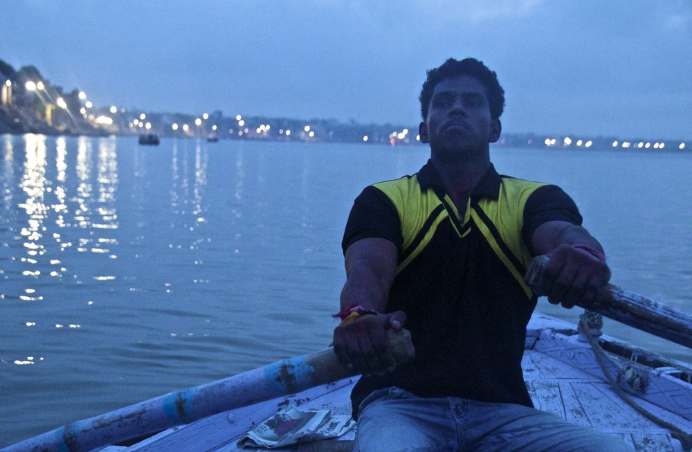 varanasi ghats sunrise 5.jpg
