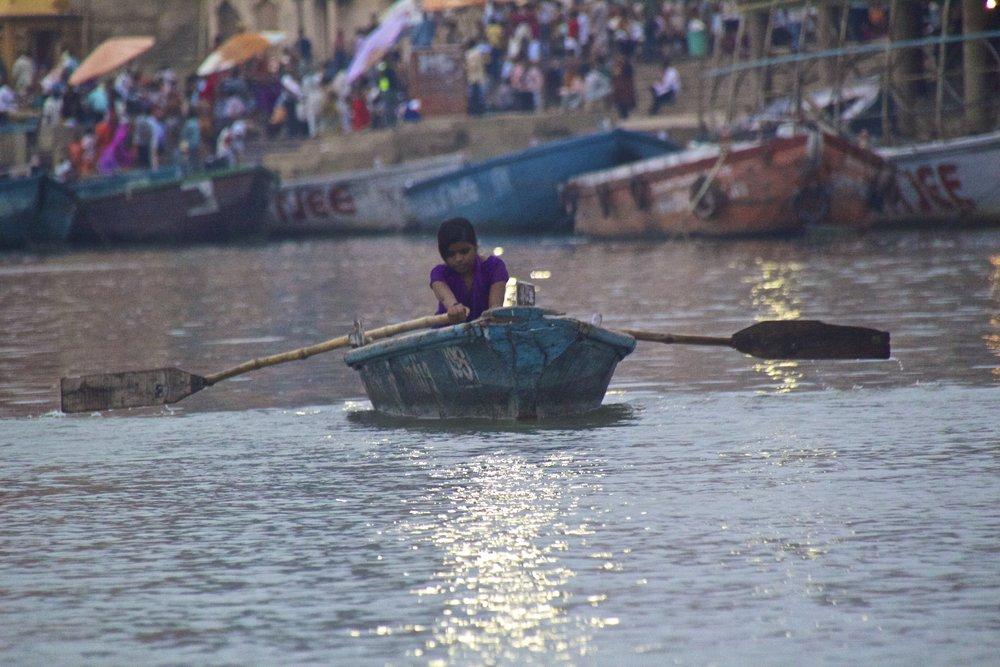 varanasi ghats sunrise 11.jpg