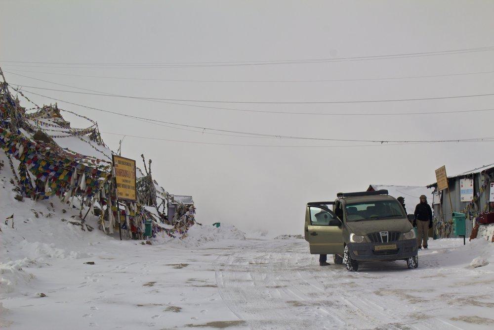 khardungla pass ladakh kashmir india himalayas photography top 5.jpg
