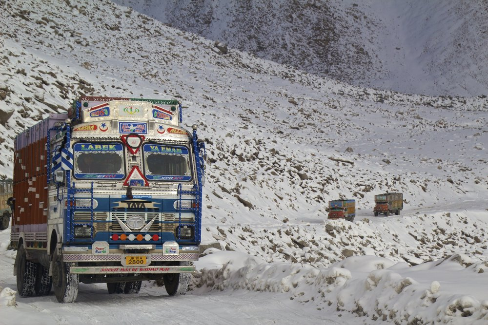khardungla pass ladakh kashmir india himalayas photography roads 1.jpg