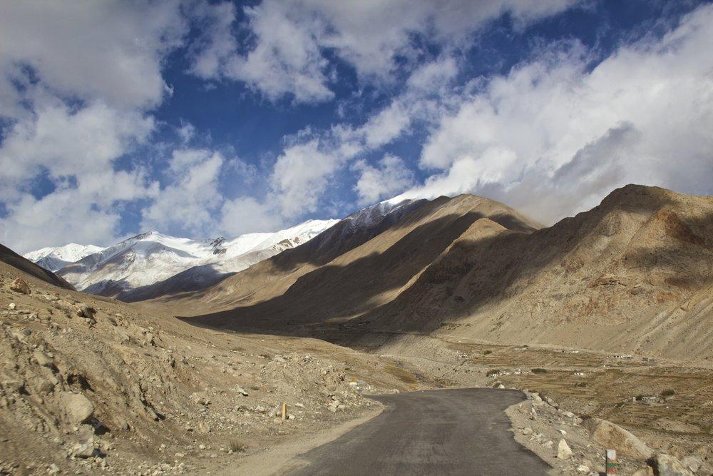 khardungla pass ladakh kashmir india himalayas photography roads 7.jpg