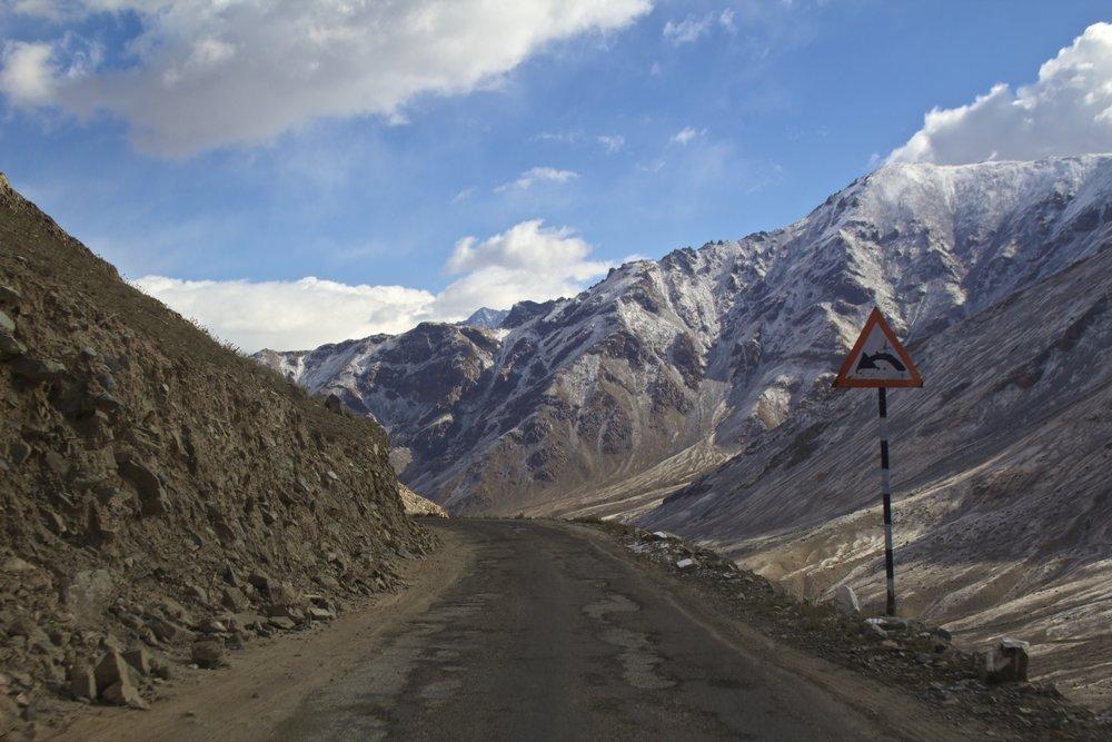 khardungla pass ladakh kashmir india himalayas photography roads 8.jpg