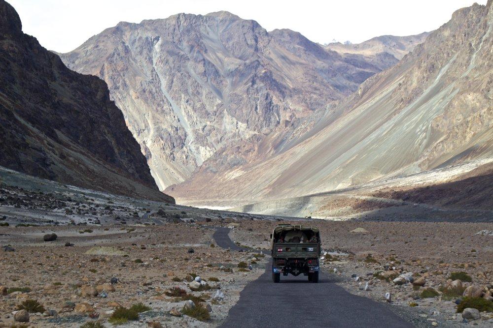 kashmir gilgit baltistan roads 1.jpg