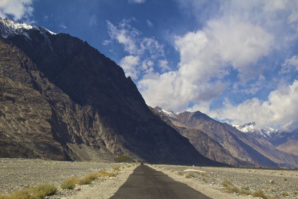 Nubra Valley Ladakh Kashmir Indian Himalayas Roads 4.jpg