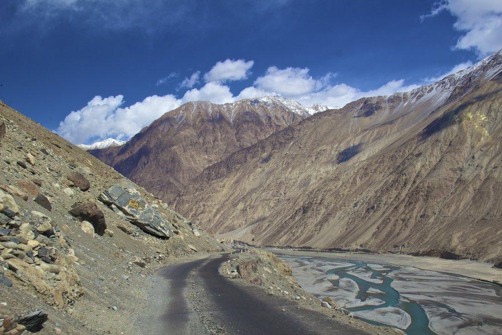 Shyok River Ladakh Gilgit Baltistan Indian Himalayas 1.jpg